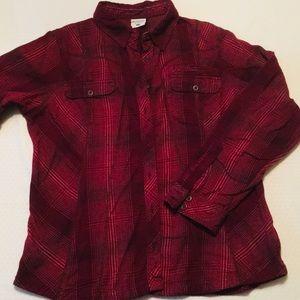 Columbia woman's long sleeve button up shirt.